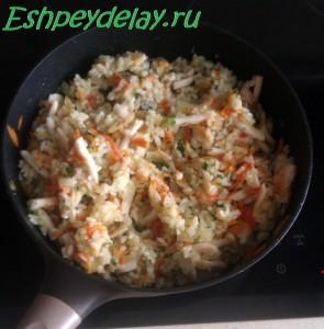 рис и кальмары