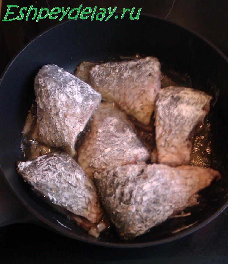 Как в домашних условиях сделать рыбу в томатном соусе