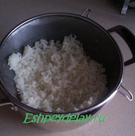 рис на дуршлаке