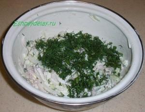 ингридиенты для салата из кальмаров