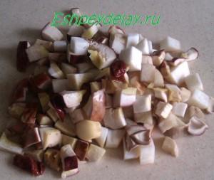 грибы нарезанные кубиками