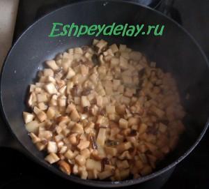 обжаренные на сковороде грибы