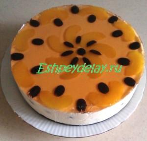 желейный торт с персиками и виноградом