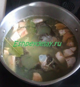 суп из осетра и семги
