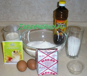 Рецепт сахарного пирога со сливками