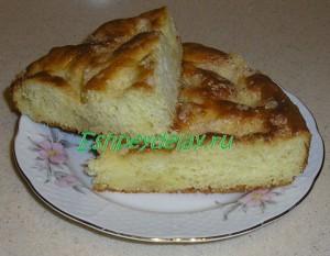 Вкусный сахарный пирог со сливками