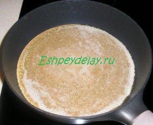икряница на сковороде