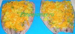 обжаренные овощи на скумбрии