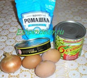 рецепт салата со шпротами