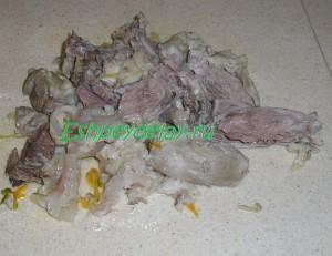 срезанное с кости вареное мясо свинины