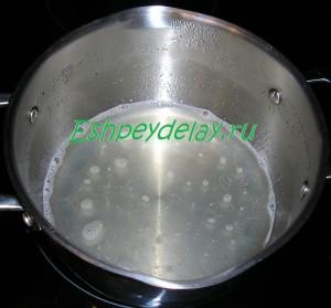 желатин в горячей воде
