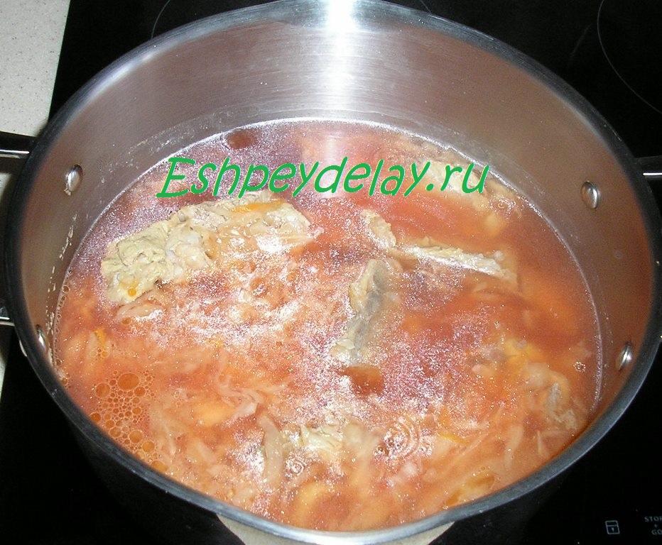 Щи из квашеной капусты со свеклой пошаговый рецепт с