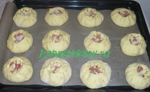 пирожки на листе для запекания