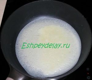 тесто для блинов на сковороде
