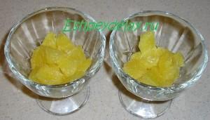 дольки апельсина в креманках