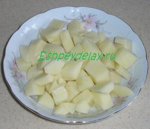 картофель порезанный для солянки
