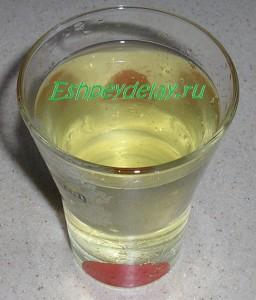 стакан огуречного рассола