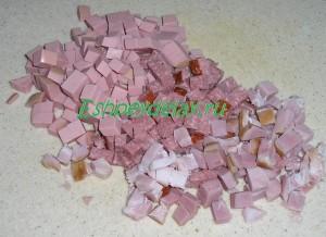 колбасы нарезанные кубиками