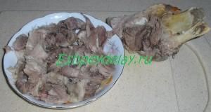 мясо срезанное с кости