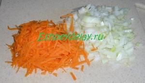 лук и морковь тертые