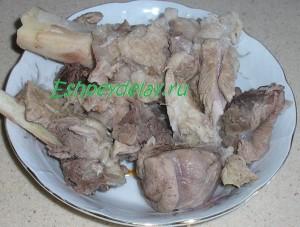 мясо обрезанное с кости