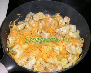 мясо для бигоса жареное с овощами