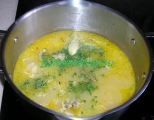 гороховый суп с зеленью