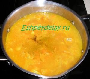 суп из тыквы с приправами