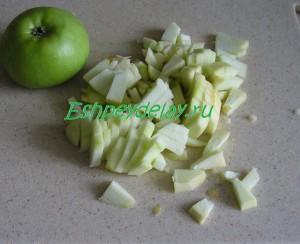 яблоко порезанное