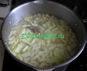 яблоко в супе