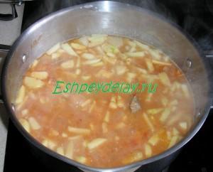 суп с томатной зажаркой
