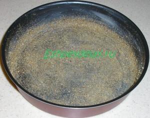 форма для выпечки в сухарях