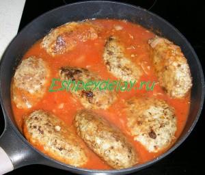 гречаники с фаршем томатном соусе