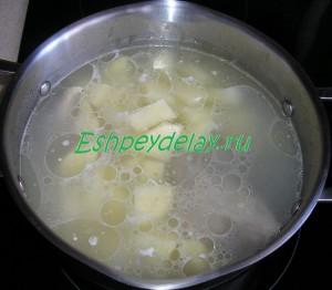 картофель в бульене из баранины