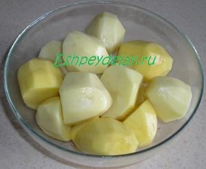 половинки картошки в масле