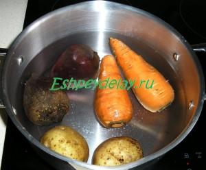 овощи для винегрета варятся