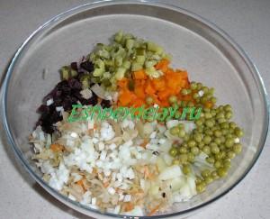 ингредиенты для винегрета в миске