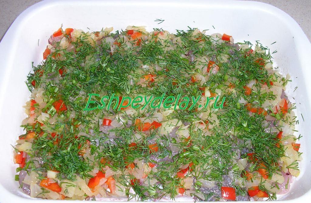 судак с овощами и укропом