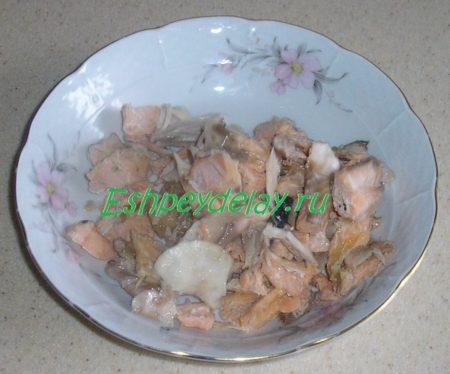 отваренное мясо форели