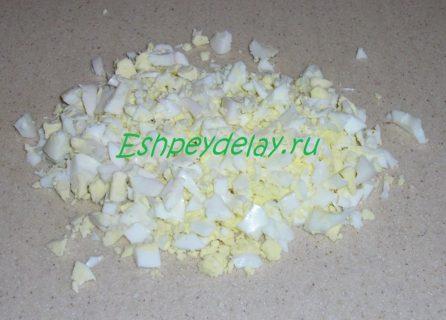 яйцо нарезаное
