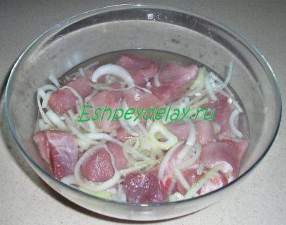 мясо для шашлыка в маринаде из минералки
