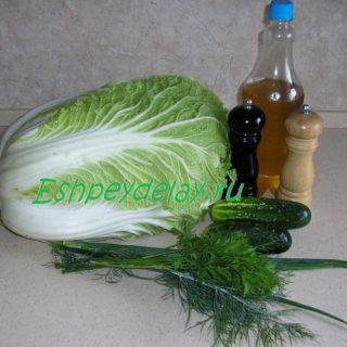 рецепт салата из пекинской капусты с огурцом