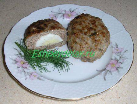 вкусные зразы мясные с яйцом