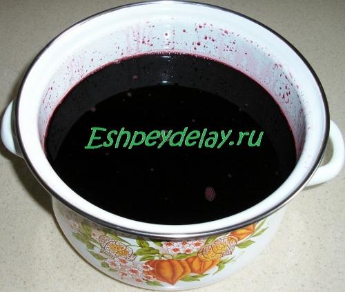 вино в кастрюле