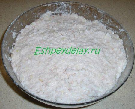 соленое сало перекрученное с чесноком