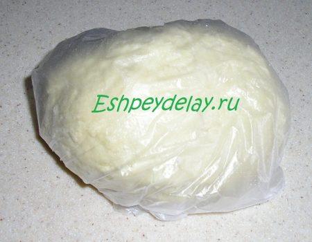 Готовое тесто на лапшу в целофановом пакете