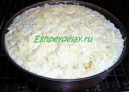 Запеканка посыпанная сыром