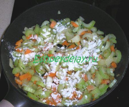 мука в овощах