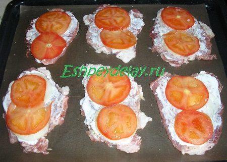Эскалопы с помидорами