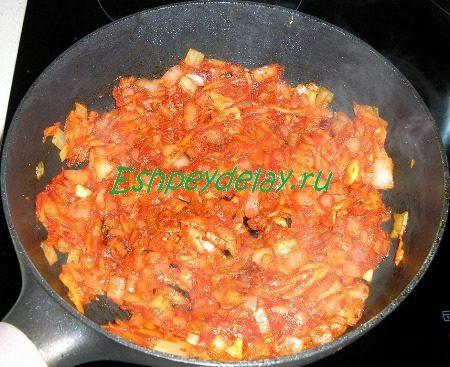 Обжарка с томатной пастой